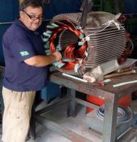 Consertar motores elétricos
